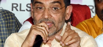 Patna: Union MoS HRD Upendra Kushwaha addresses a press conference in Patna on Nov 9, 2018. (Photo: IANS)