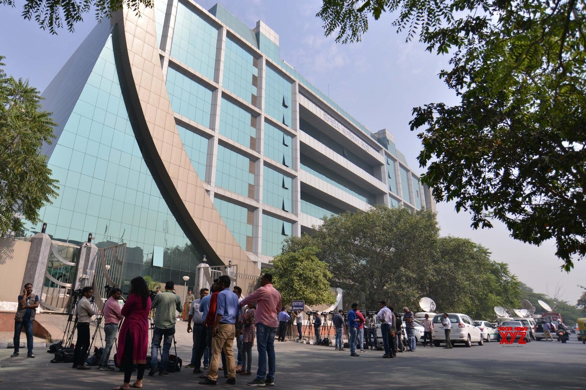CBI raids 5 locations in Delhi, Ghaziabad