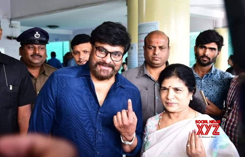 Chiranjeevi, Junior NTR, Sania Mirza vote in Telanagana