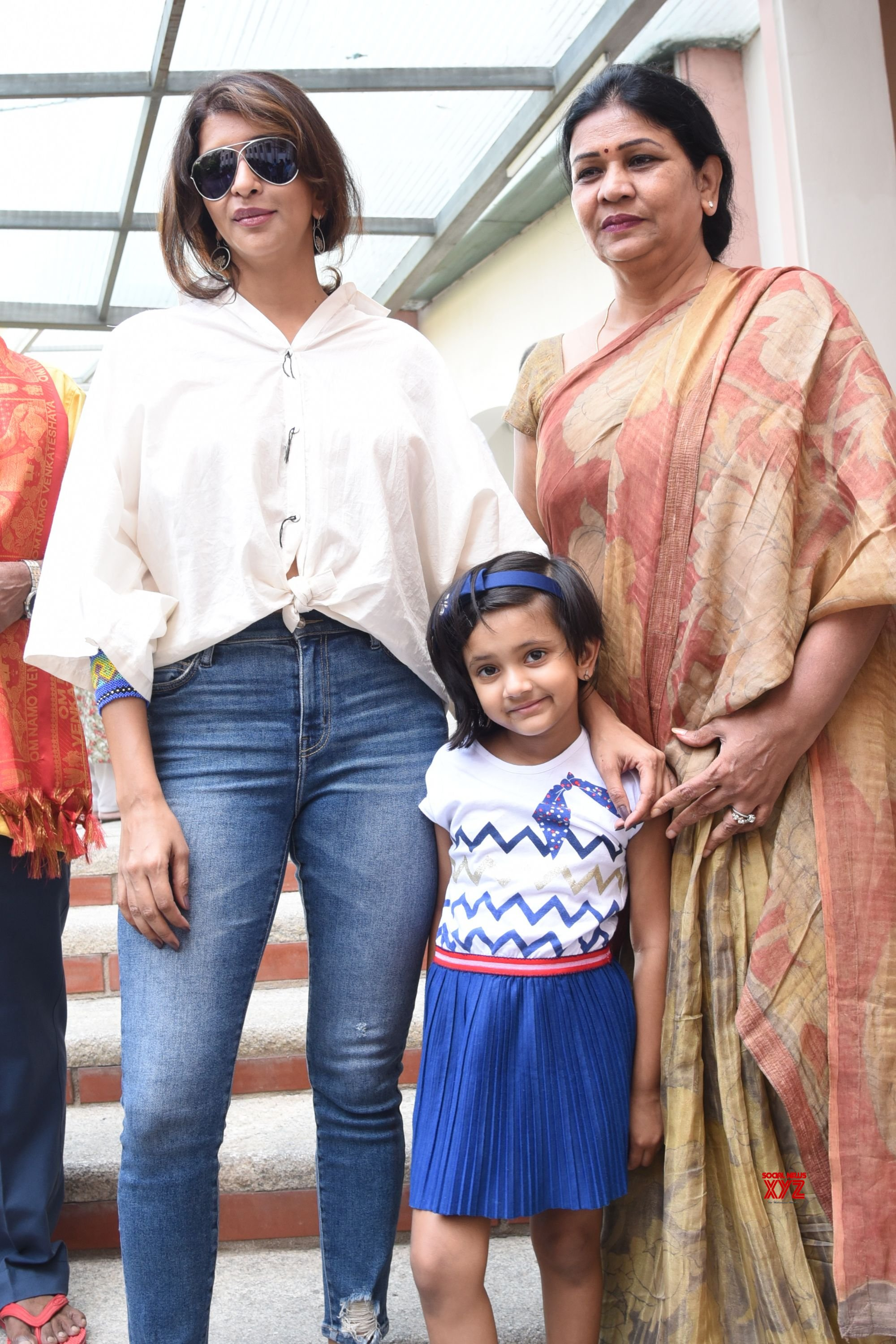 Chiranjeevi, NTR Jr, Rana And Other Celebs Voting In Telangana Elections 2018 HD Gallery