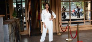 Mumbai: Actress Sonakshi Sinha seen at Mumbai's Juhu on Dec 14, 2018 (Photo: IANS)