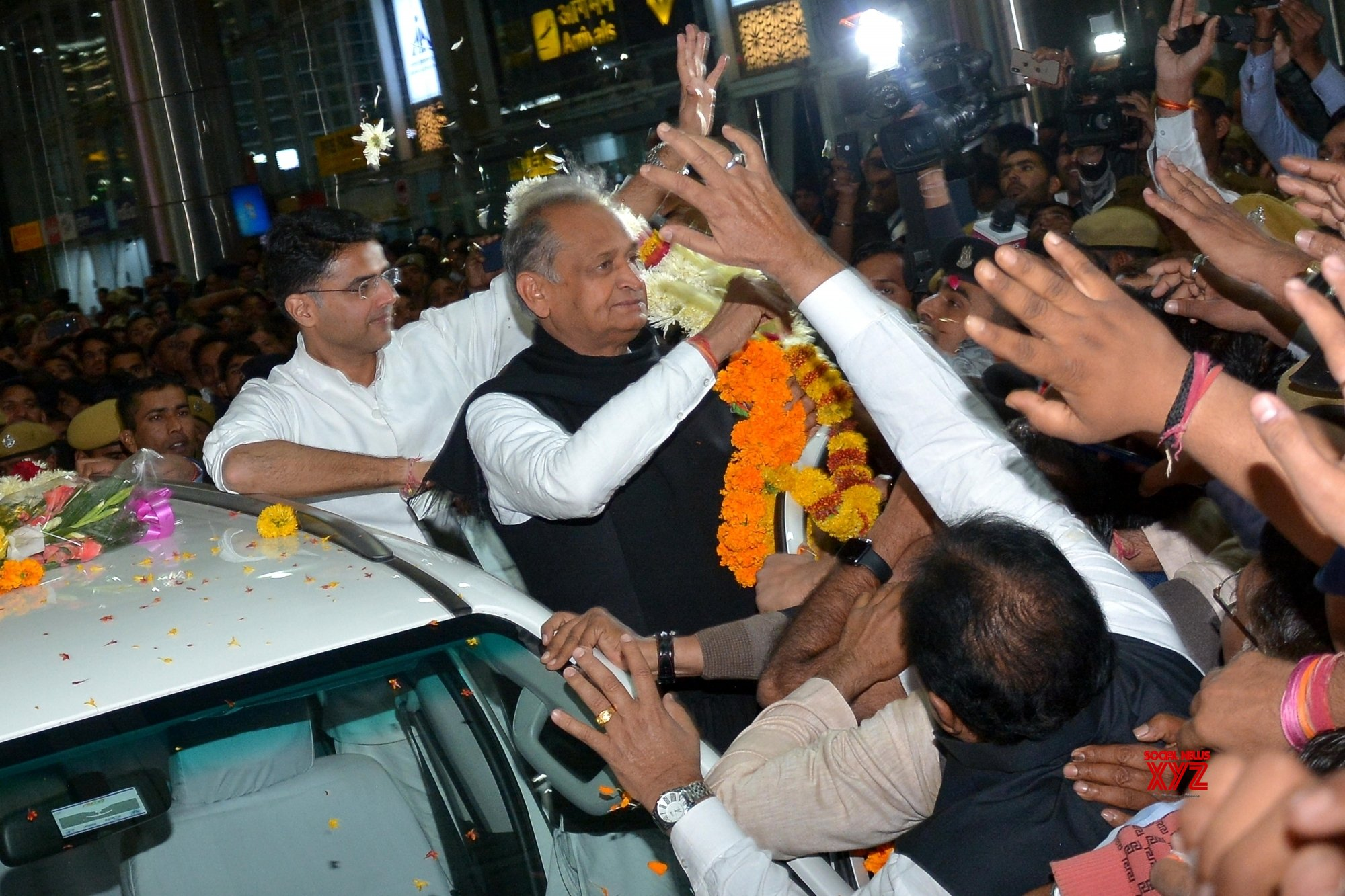 Gehlot sworn in as Rajasthan CM, Pilot Deputy CM