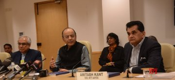 New Delhi: Union Finance Minister Arun Jaitley with NITI Aayog Vice Chairperson Rajiv Kumar and CEO Amitabh Kant during a press conference organised to release NITI Aayog's 'Strategy for New India @75', in New Delhi on Dec 19, 2018. (Photo: IANS)