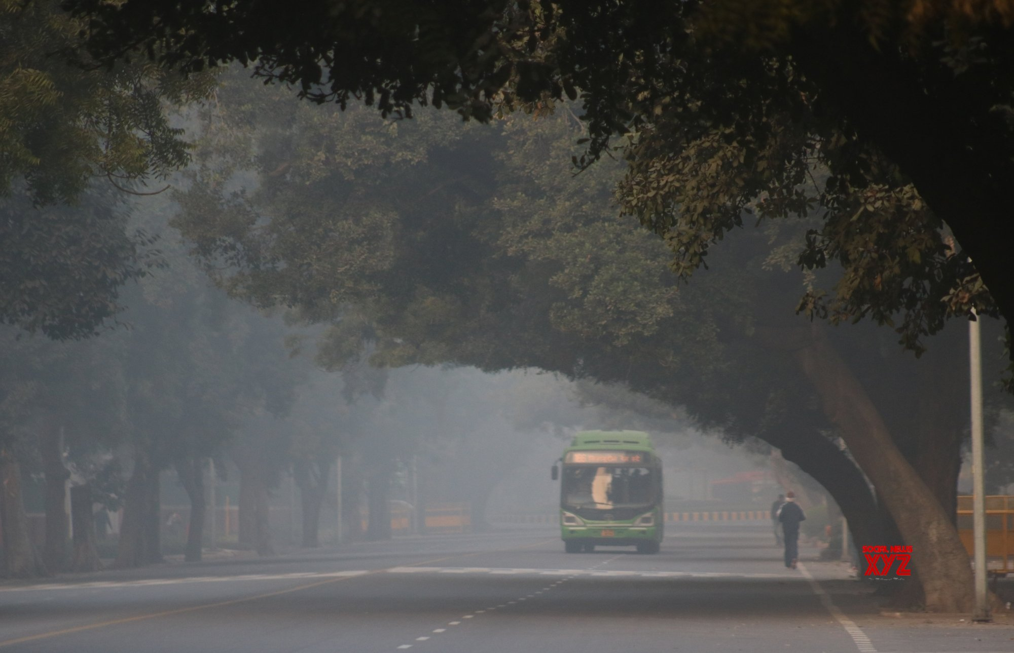 Delhi residents wake up to coldest Nov morning in 17 years