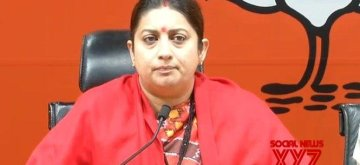 New Delhi: Union Minister and BJP leader Smriti Irani addresses a press conference at the party headquarters in New Delhi, on Jan 6, 2019. (Photo: IANS)