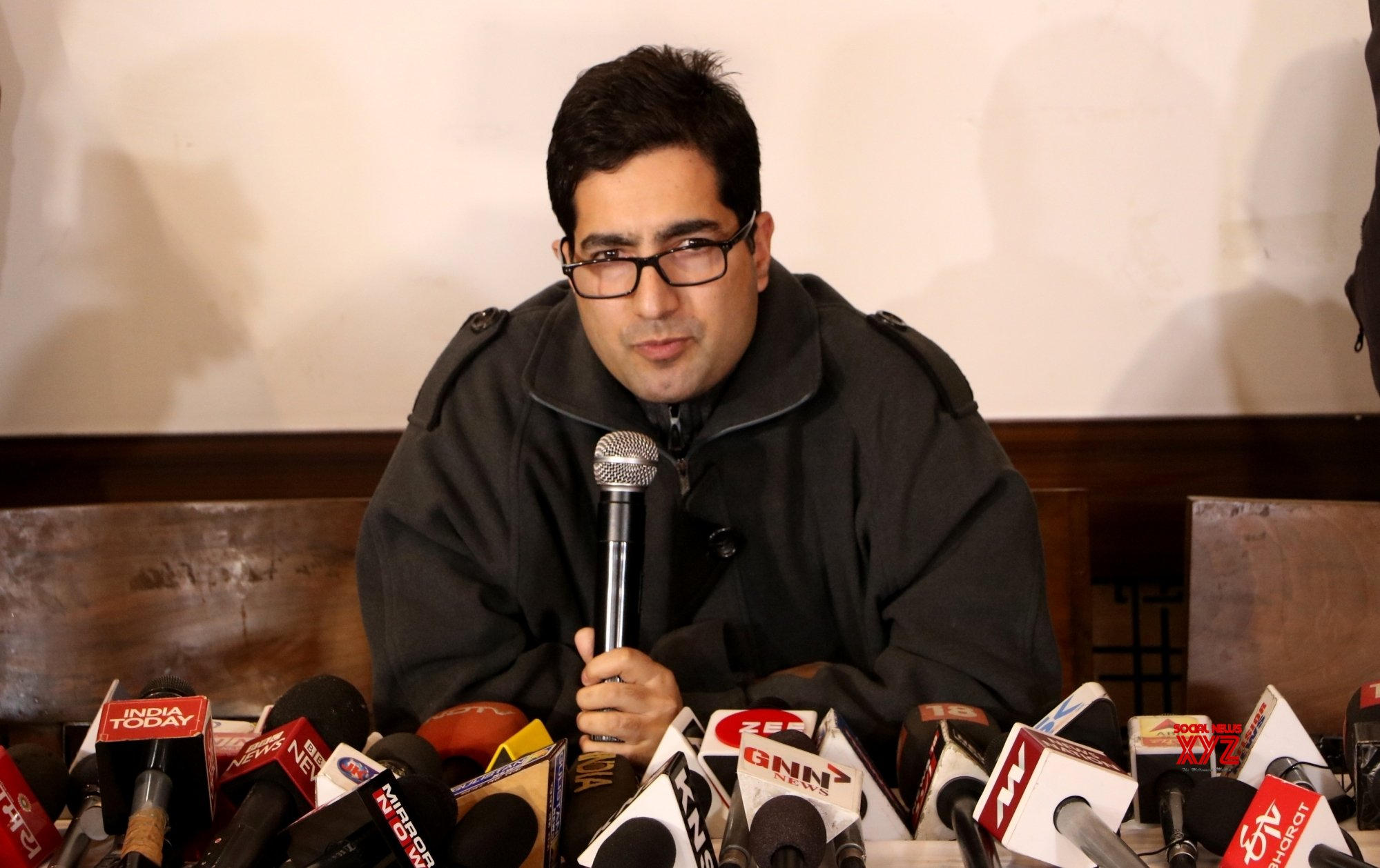 Shah Faesal launches J&K People's Movement