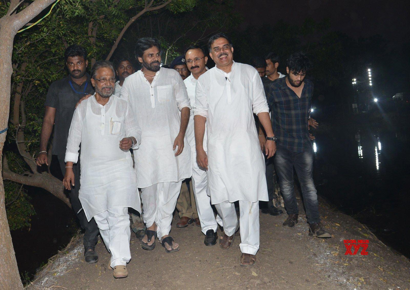 JanaSena Chief Pawan Kalyan Launches Jago Re Jago Programme In Tenali - Gallery