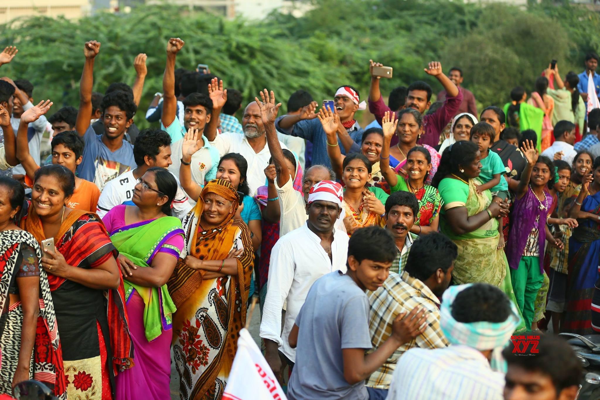 JanaSena Chief Pawan Kalyan Rally In Tenali Gallery Set 4
