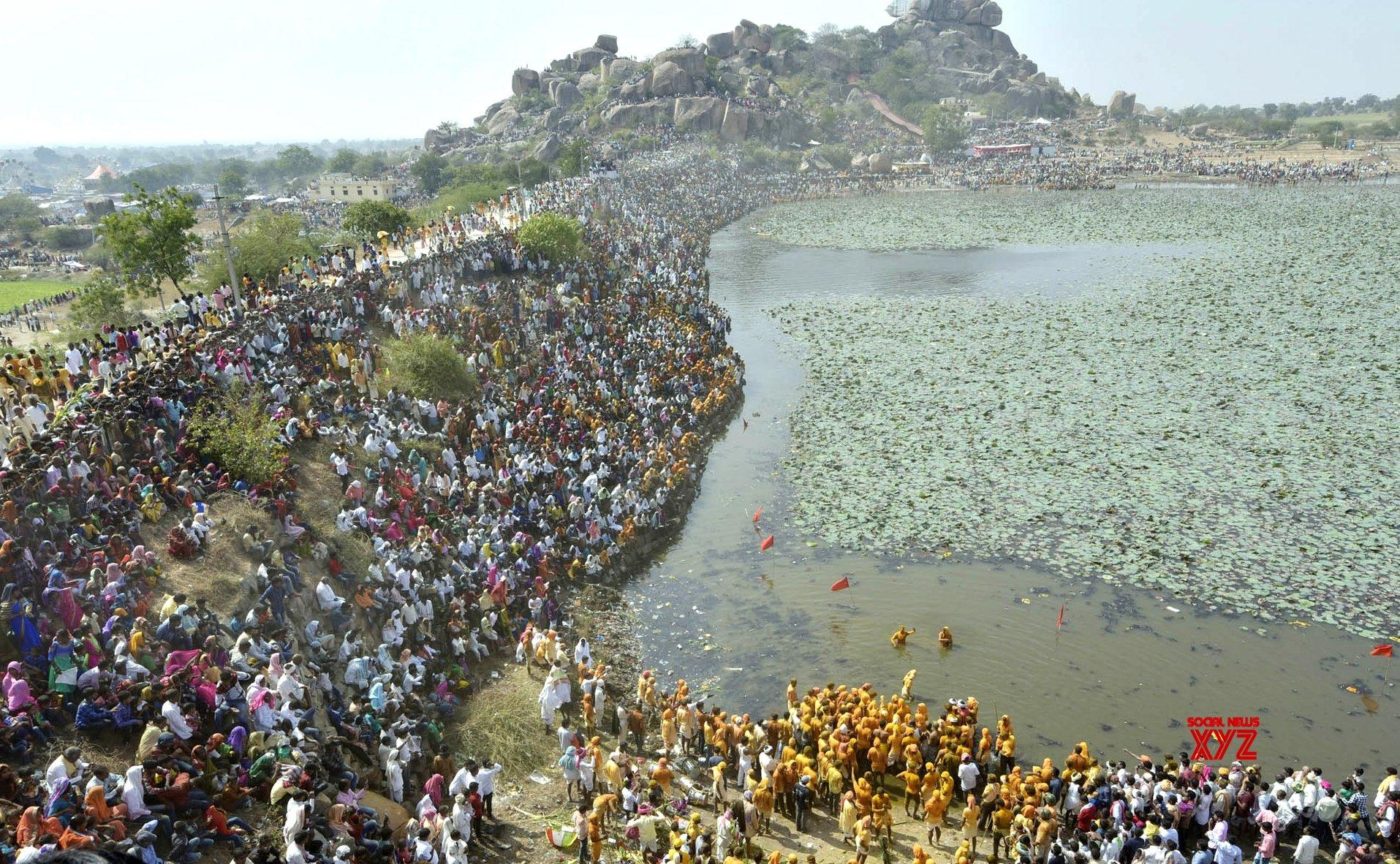 Yadagiri (Karnataka): Mylara Lingeshwara Jatre #Gallery