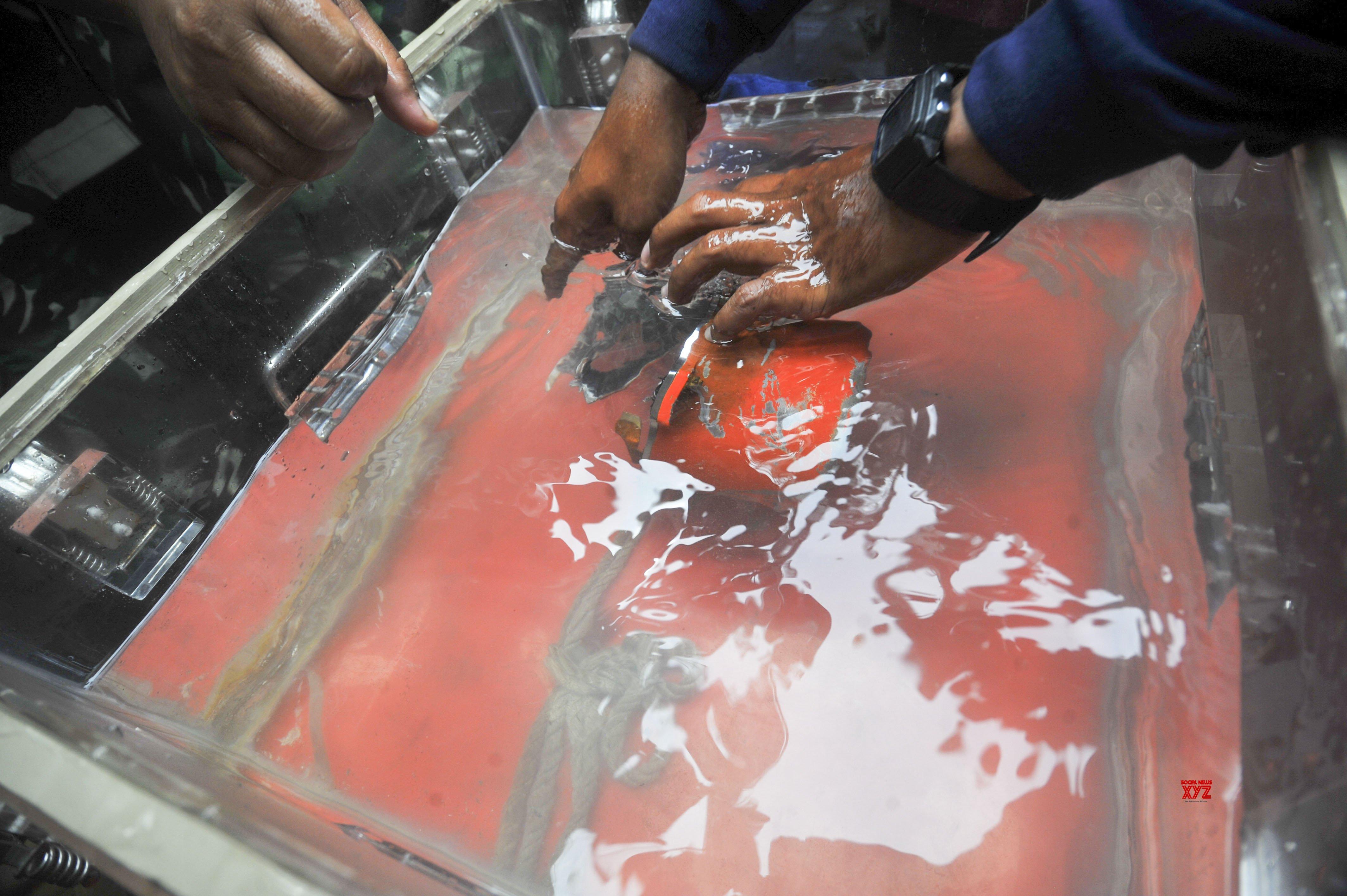 INDONESIA - KARAWANG - LION AIR JT 610 - CRASH - CVR #Gallery