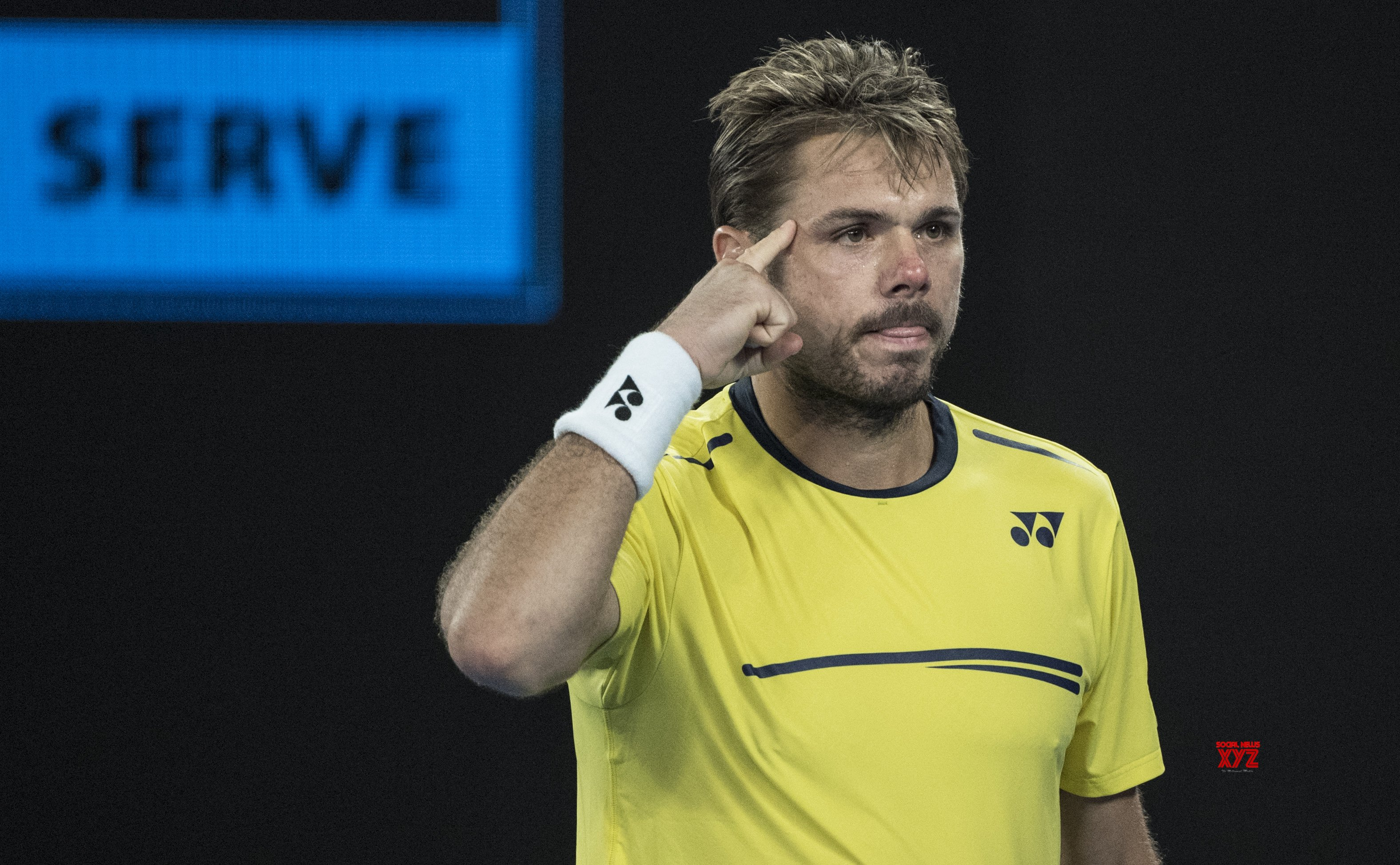 Wawrinka to face Federer in French Open quarter-finals