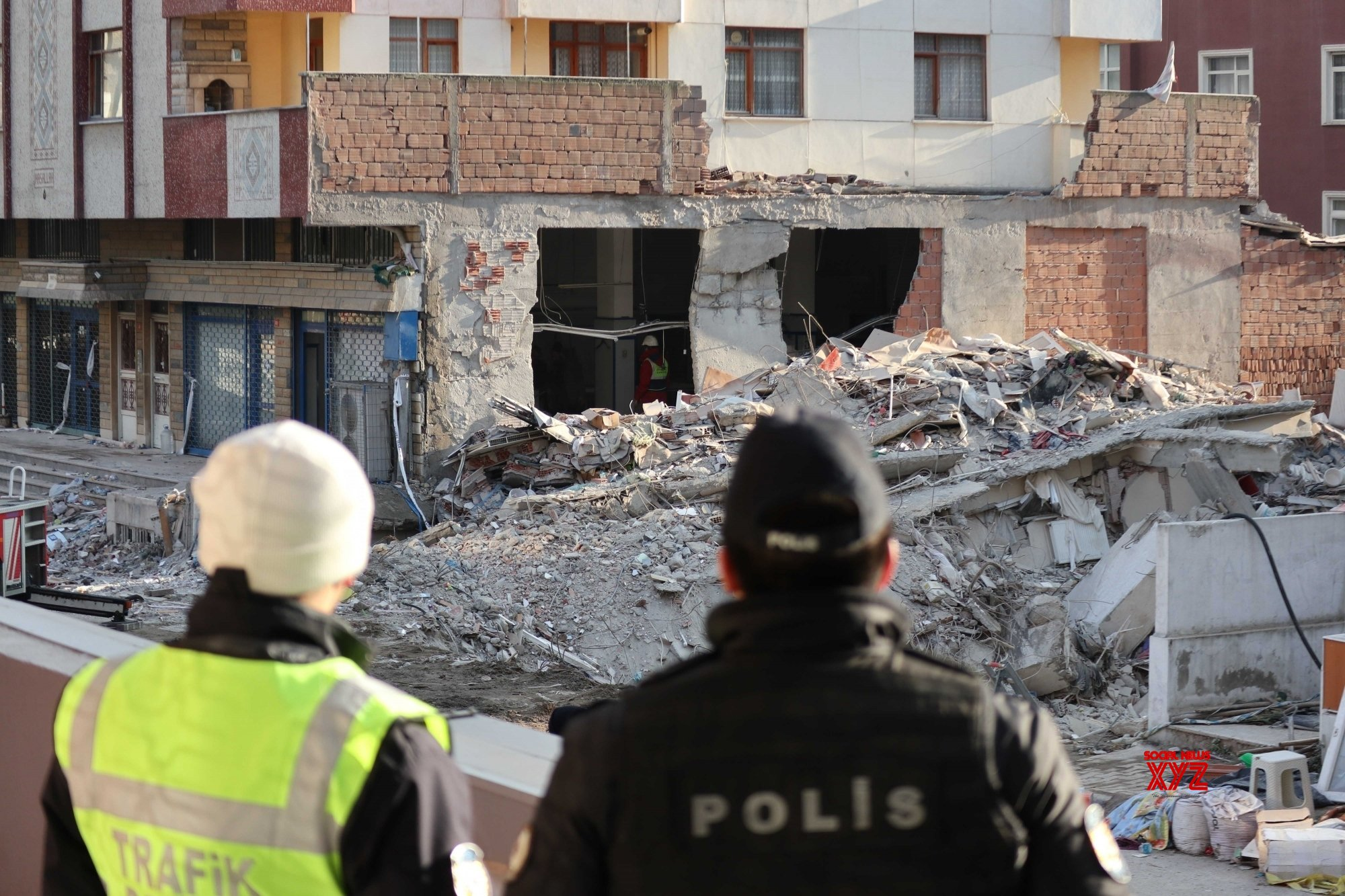 TURKEY - ISTANBUL - BUILDING COLLAPSE - RESCUE OPERATION - ENDING #Gallery