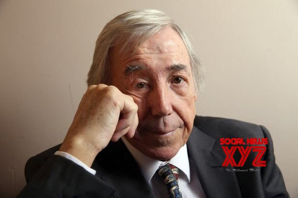 England football great Gordon Banks dies aged 81