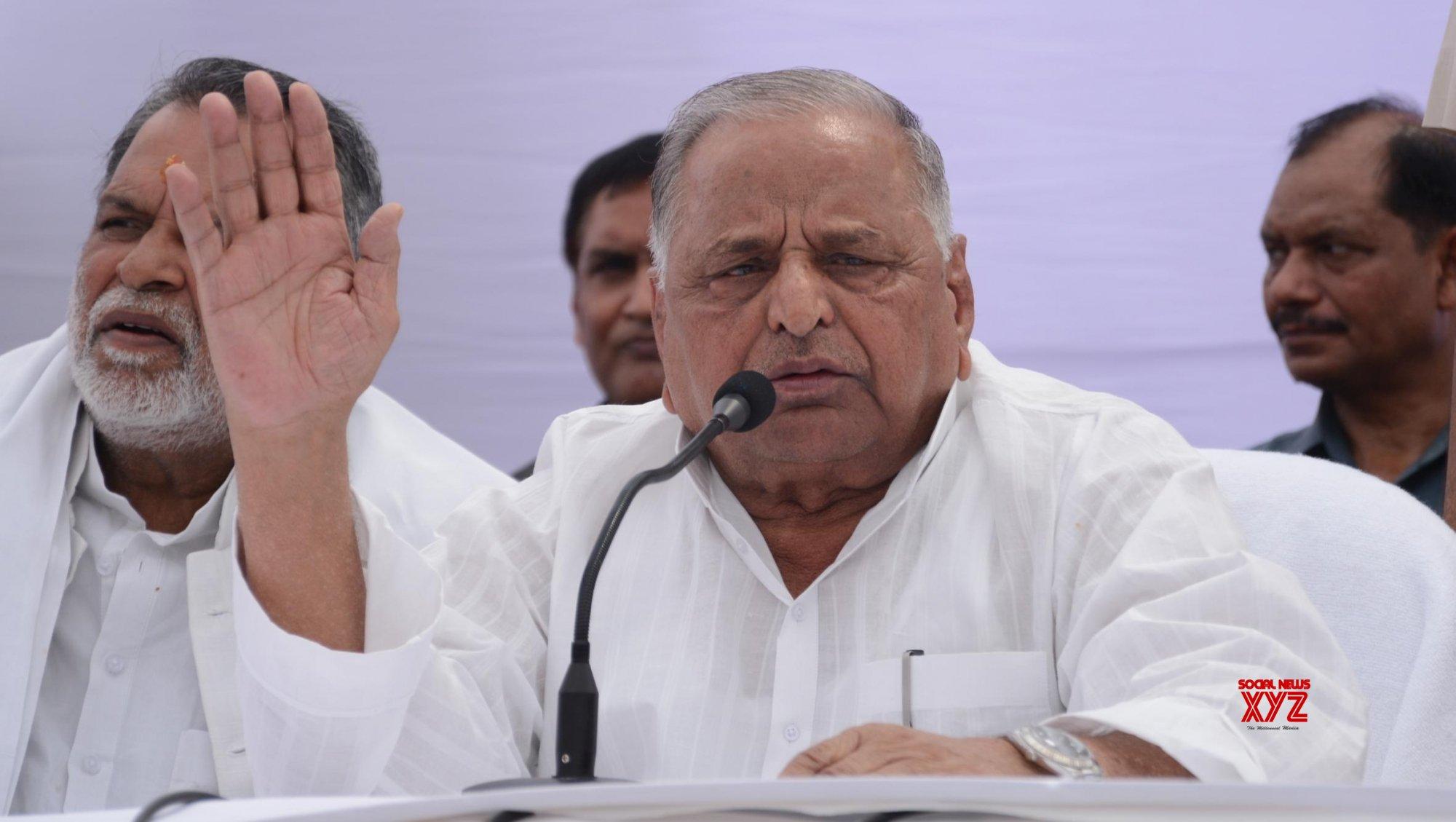 Hope Modi returns as Prime Minister again: Mulayam