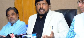 Nagpur: Union Minister and RPI leader Ramdas Athawale addresses a press conference in Nagpur on Feb 23, 2019. (Photo: IANS)