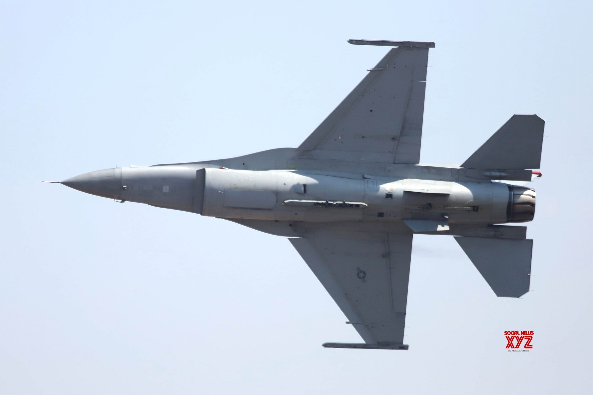 F-16 jet crashes into building in California