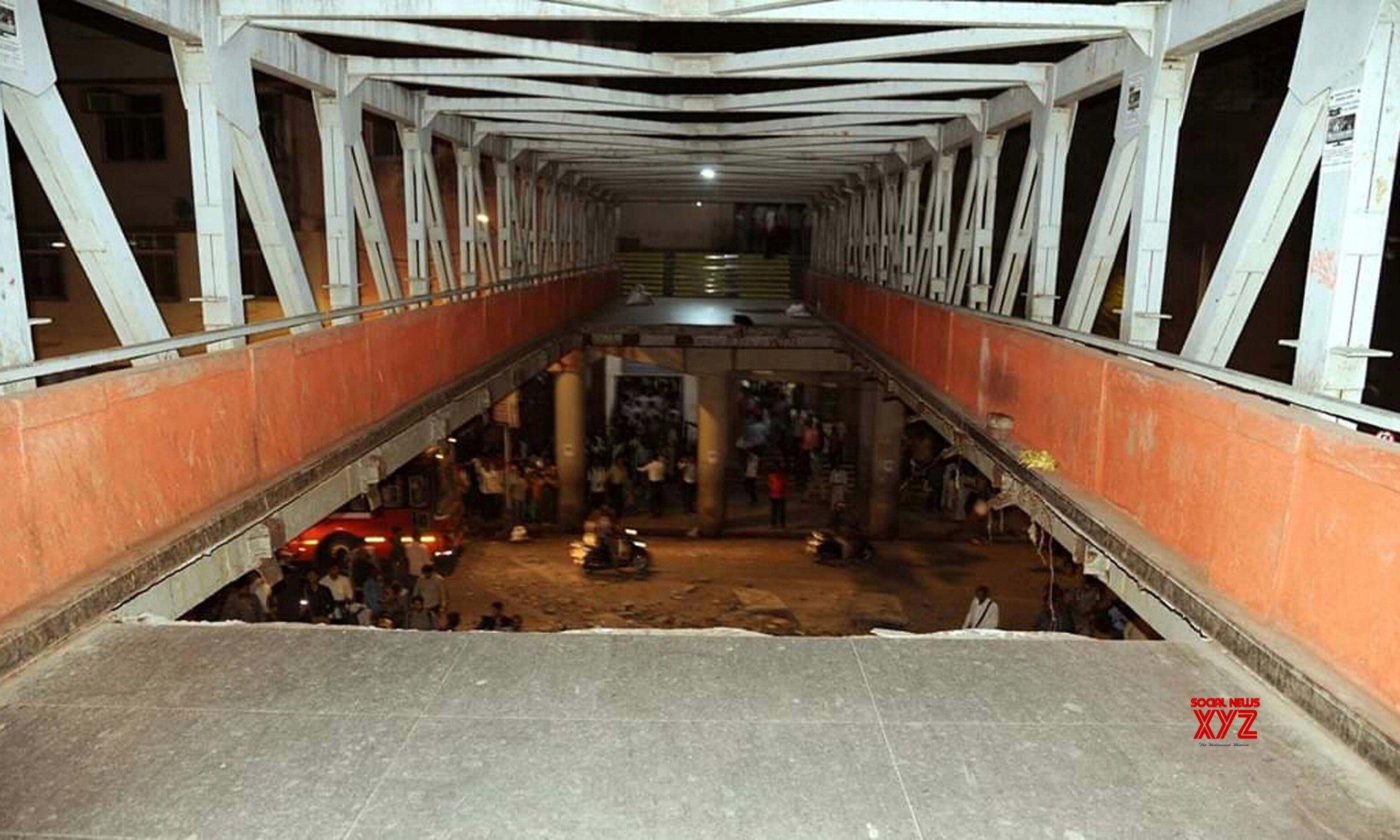 3 killed in Mumbai footbridge collapse