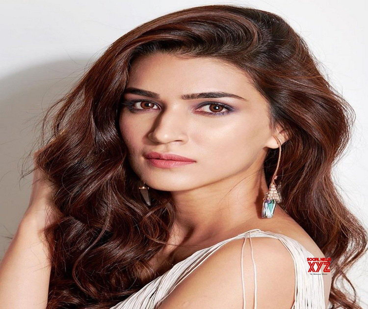 Actress Kriti Sanon Latest Style Stills