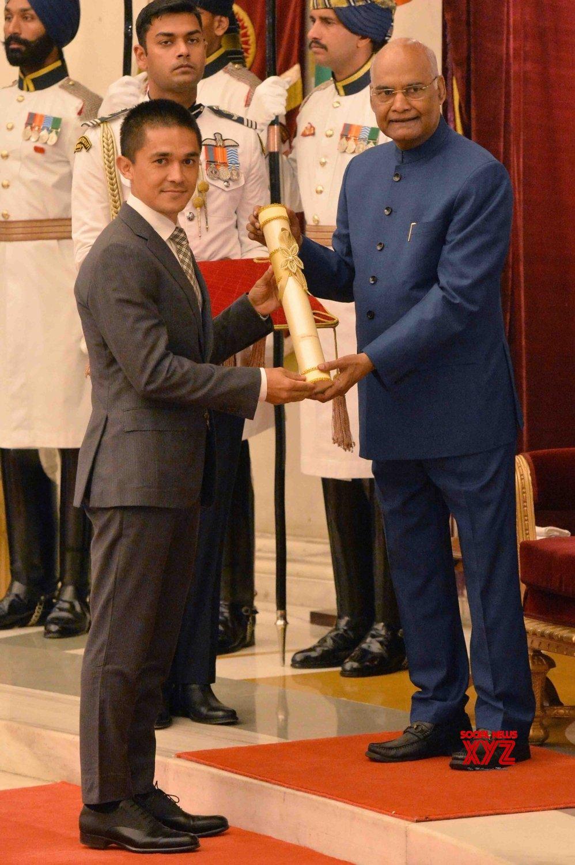 New Delhi: President Kovind presents Padma Awards - Sunil Chettri #Gallery