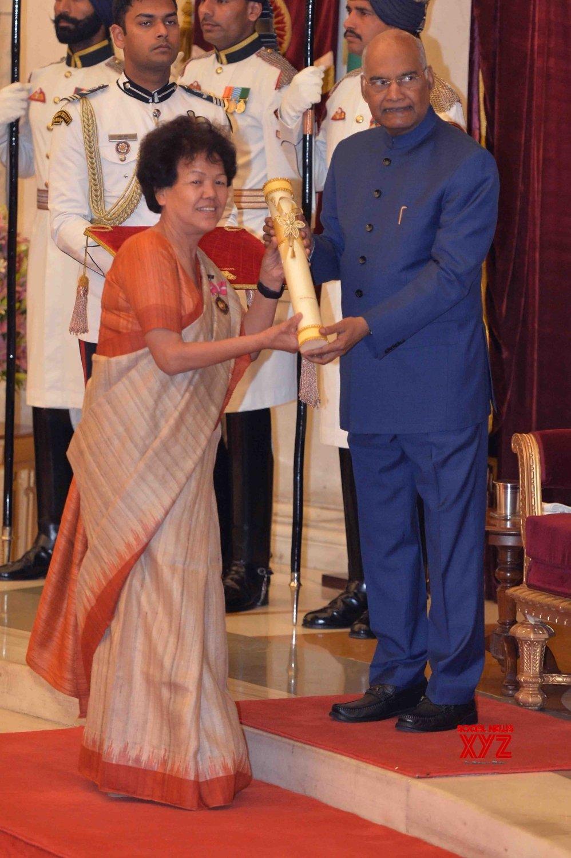 New Delhi: President Kovind presents Padma Awards - Bachendri Pal #Gallery