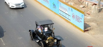 Mumbai: Vintage car rally underway in Mumbai on March 17, 2019. (Photo: IANS)
