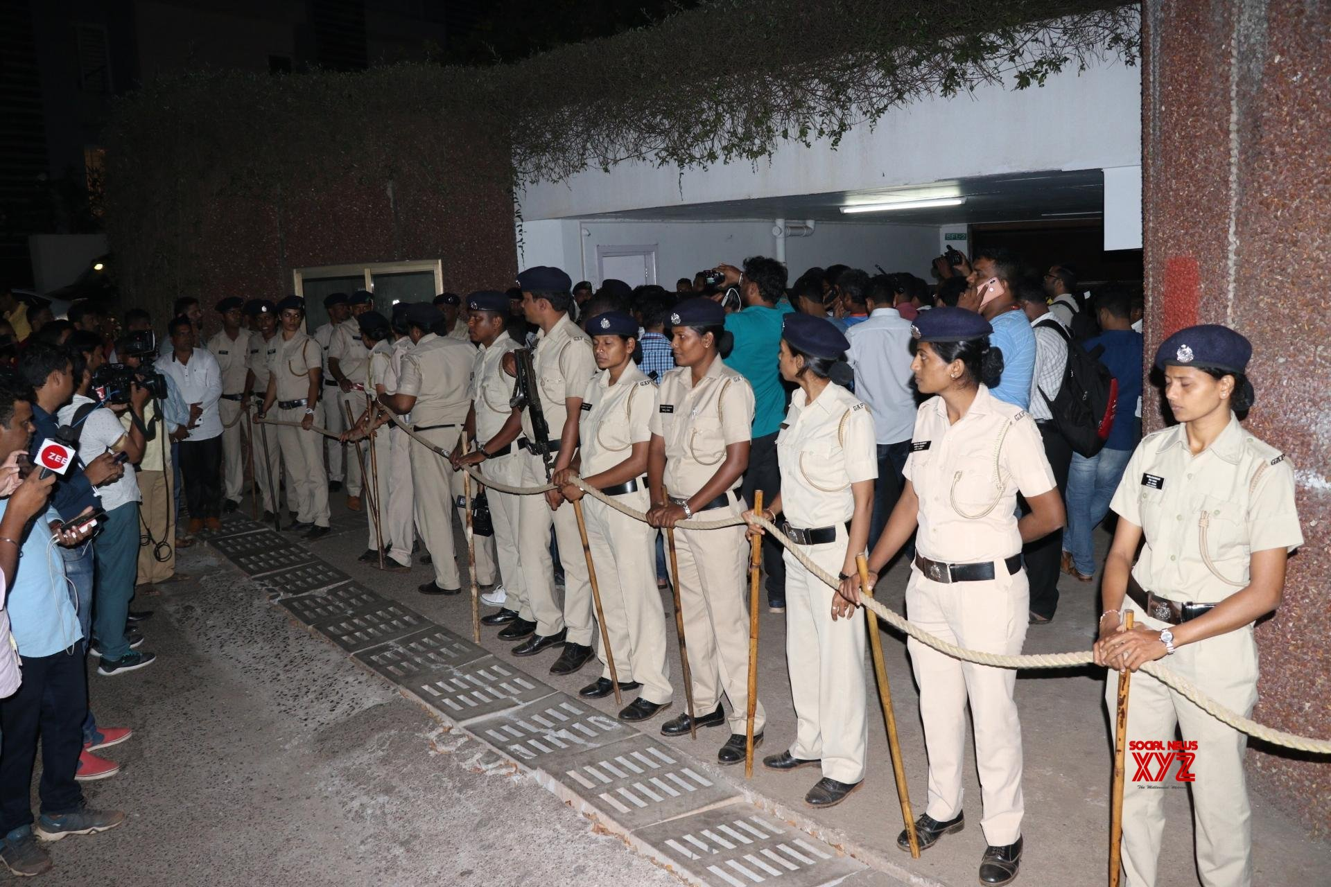 Panaji: Security beefed up outside Parrikar's residence #Gallery