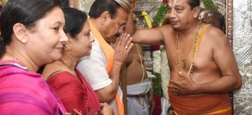 Bengaluru: BJP's Lok Sabha candidate from Bengaluru North, D.V. Sadananda Gowda takes blessings from a priest ahead of filing his nomination for 2019 Lok Sabha elections in Bengaluru, on March 25, 2019. (Photo: IANS)