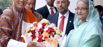 (190413) -- DHAKA, April 13, 2019 (Xinhua) -- Bhutan's Prime Minister Lotay Tshering (L) meets with his Bangladesh counterpart Sheikh Hasina in Dhaka, Bangladesh, April 13, 2019. Sheikh Hasina and Lotay Tshering on Saturday witnessed here the signing of a host of bilateral agreements between the two nations. (Xinhua/PID)