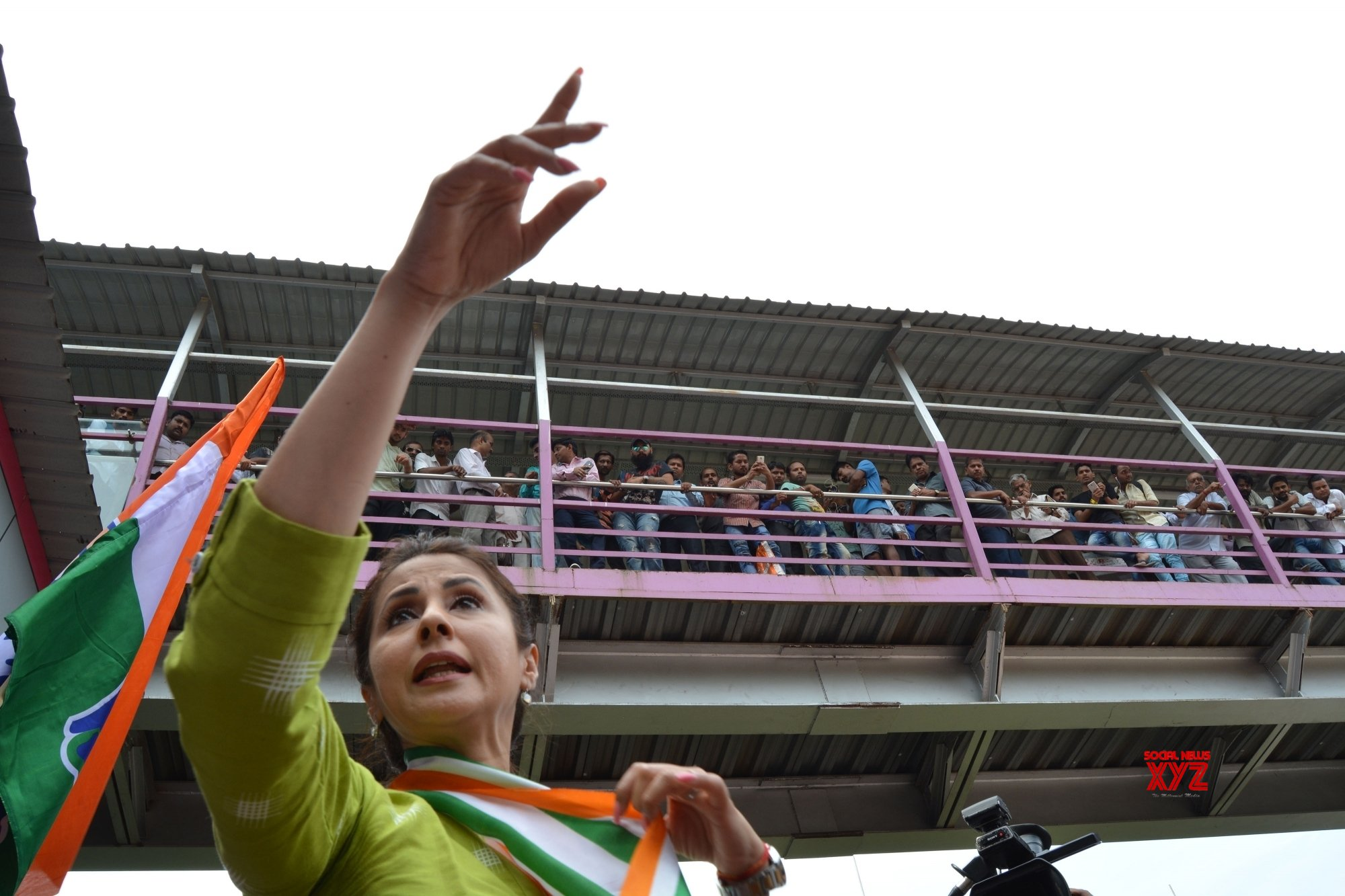 Urmila Matondkar's 'leaked' letter fuels feud in Mumbai Congress