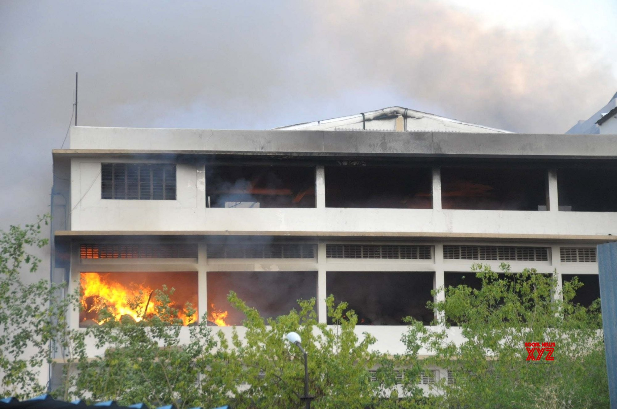 Nagpur: Fire at Suruchi Cold Storage continues for the third day #Gallery