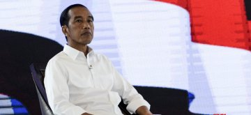 JAKARTA, March 30, 2019 (Xinhua) -- Indonesian presidential candidate and incumbent President Joko Widodo attends the fourth debate in Jakarta, Indonesia, March 30, 2019. Indonesia will hold its presidential election in April 2019. (Xinhua/Agung Kuncahya B/IANS)