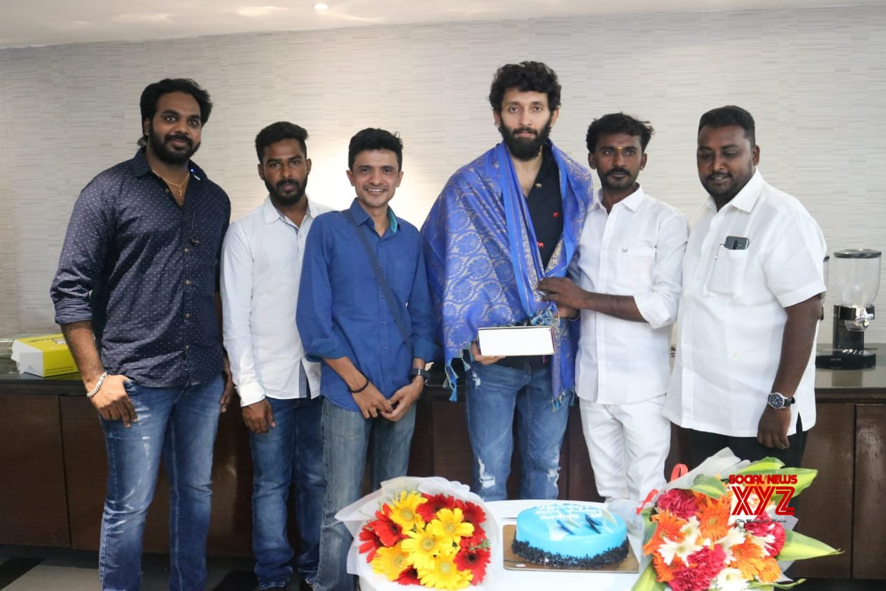 Taramani Fame Actor Vasanth Ravi Celebrated His Birthday With His Lovable Fans Today