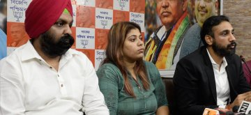 Kolkata: BJP Yuva Morcha leader Priyanka Sharma at a press conference in Kolkata, on May 16, 2019. On Tuesday, the Supreme Court granted bail to Sharma, who was arrested on May 10 for a meme on West Bengal Chief Minister Mamata Banerjee, adding that she should apologize in writing upon her release for posting the morphed picture of the Trinamool Congress supremo. (Photo: IANS)