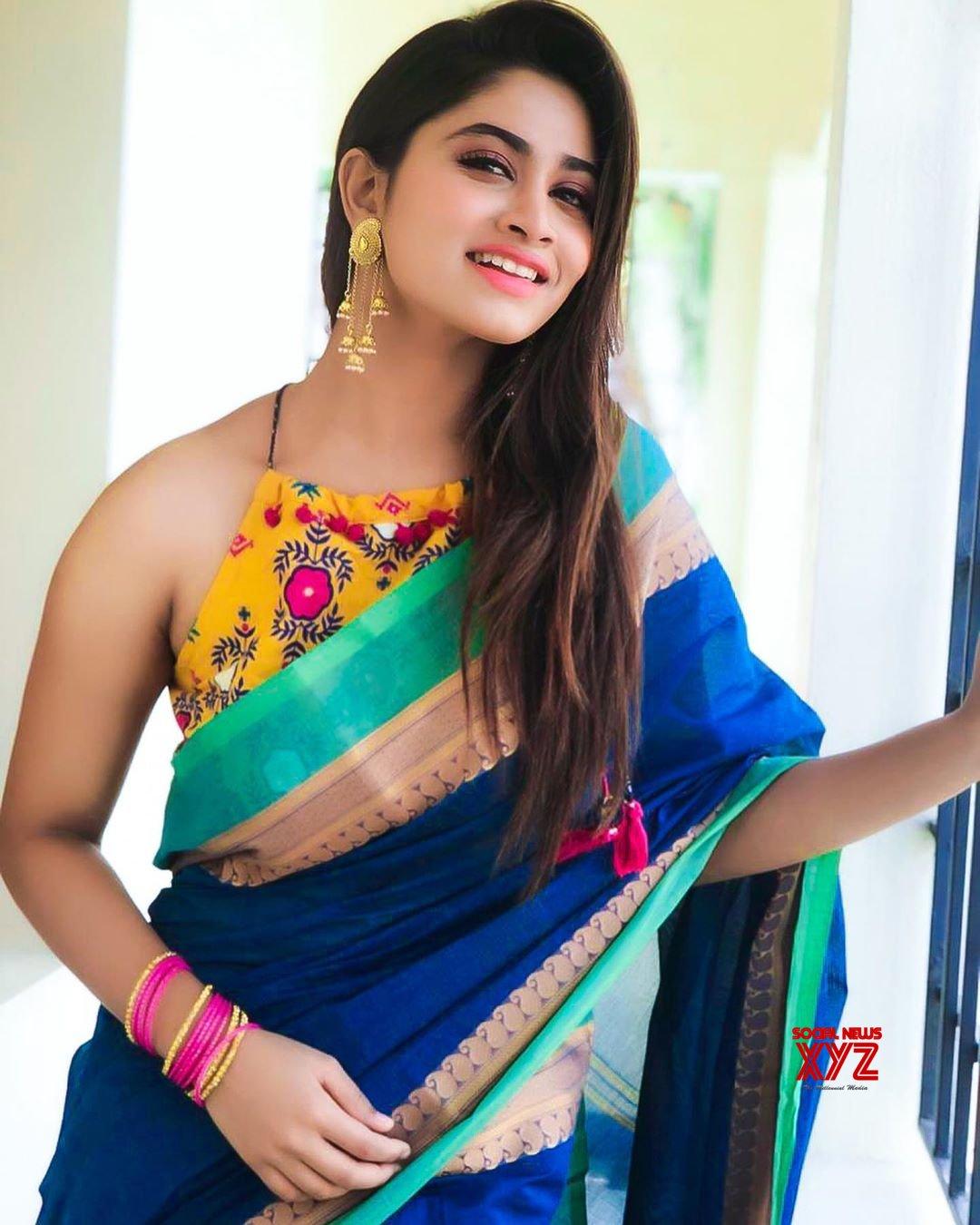 Actress Shivani Narayanan Traditional Stills