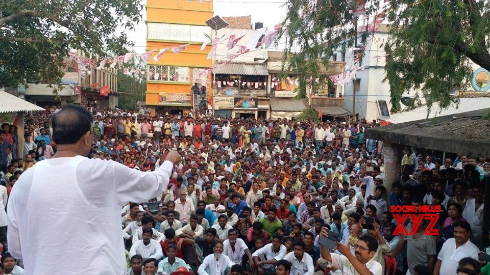 Kolkata: 2019 LS polls: Mohammad Salim campaigns for CPI(M) Sarat Chandra Halder #Gallery