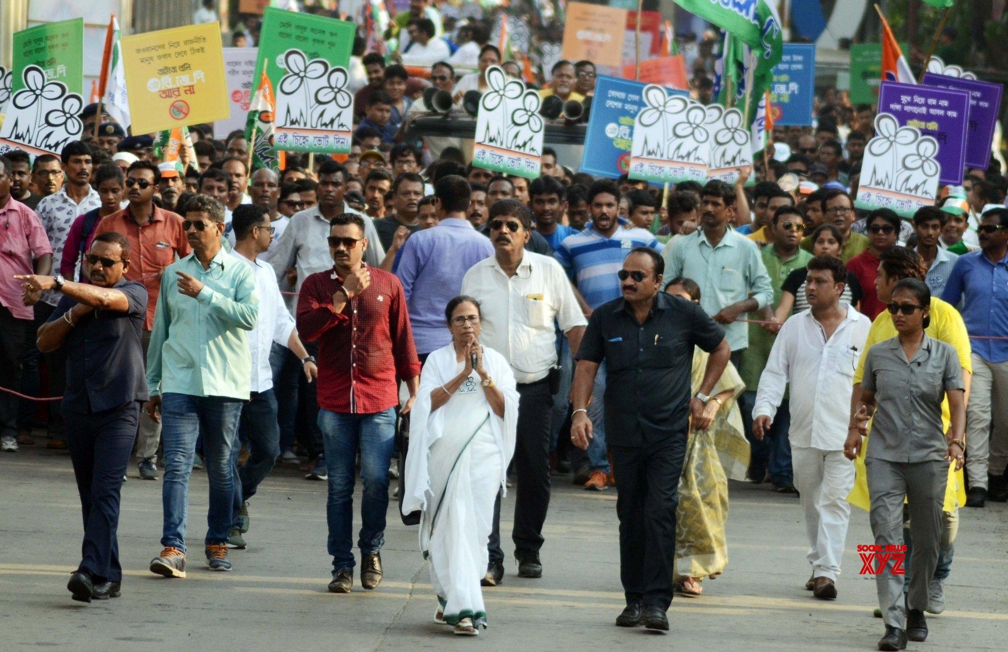 Kolkata: Mamata Banerjee during election campaign #Gallery