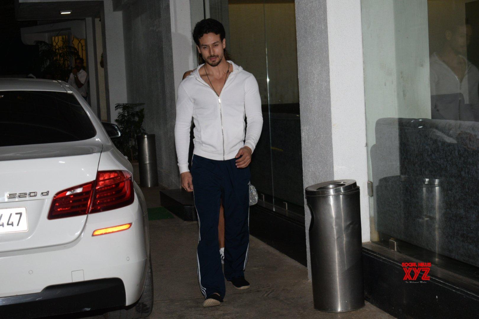 """Mumbai: Tiger Shroff, Disha Patani seen at the screening of """"Student of the Year 2"""" #Gallery"""