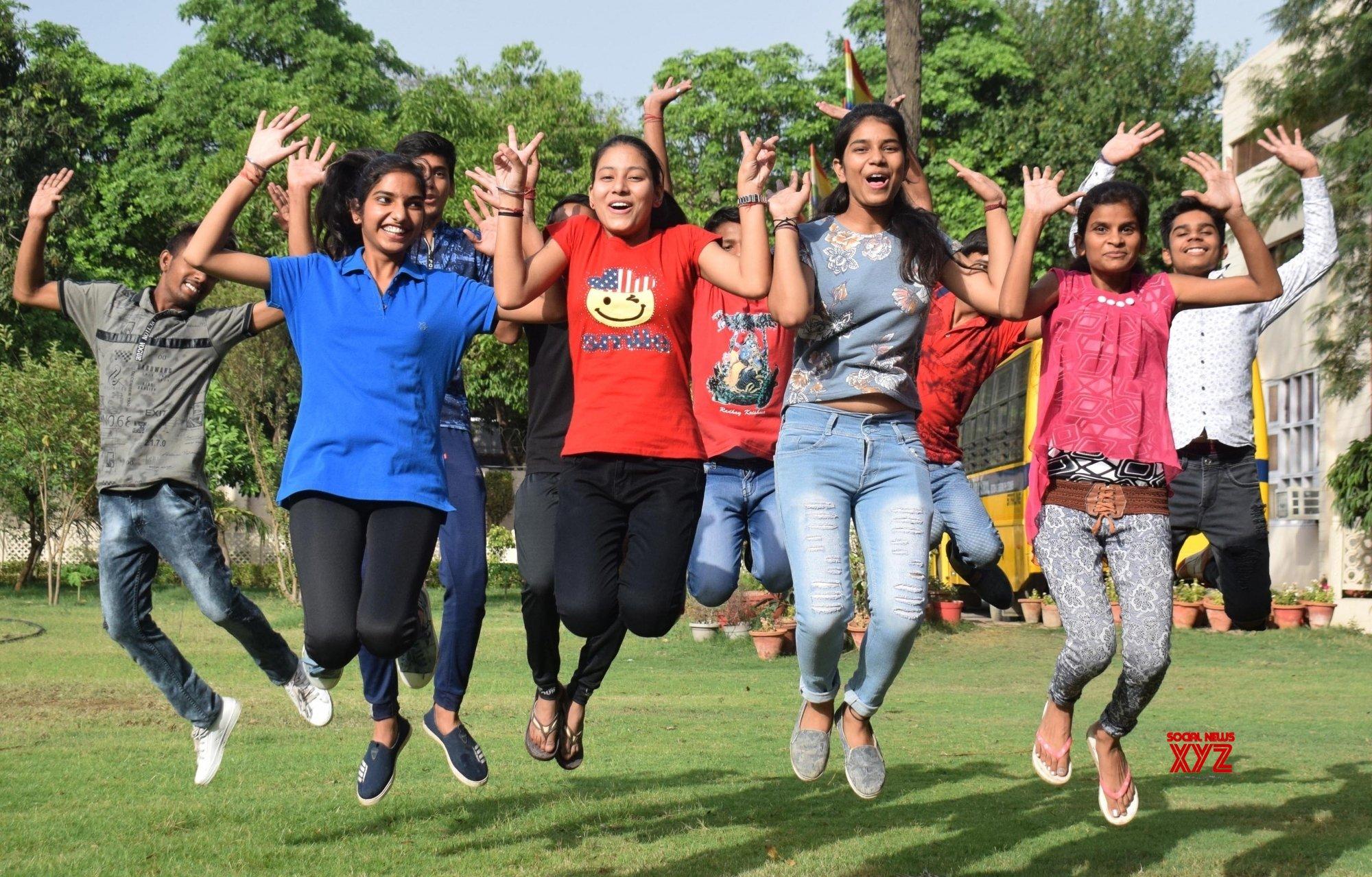 Gurugram: Haryana Board declares class 10 results, students celebrate #Gallery