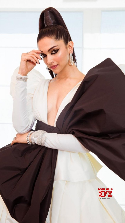 Cannes (France): 2019 Cannes Film Festival - Deepika Padukone #Gallery