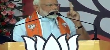 Khargone: Prime Minister Narendra Modi addresses a BJP rally in Khargone, Madhya Pradesh on May 17, 2019. (Photo: IANS)