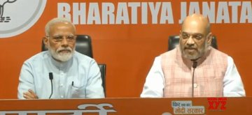 New Delhi: Prime Minister Narendra Modi and BJP chief Amit Shah address a press conference at the party's headquarter in New Delhi, on May 17, 2019. (Photo: IANS)