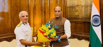 New Delhi: Indian Coast Guard (ICG) Director General Rajendra Singh calls on Defence Minister Rajnath Singh in New Delhi, on June 4, 2019. (Photo: IANS/DPRO)