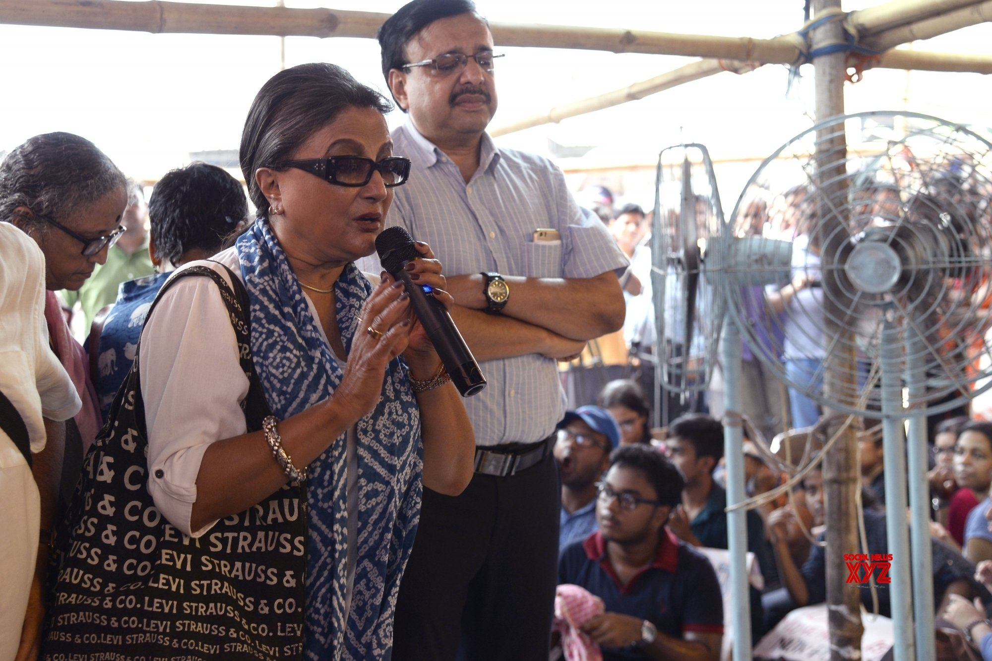 Kolkata: Aparna Sen visits NRS Medical College as Bengal doctor's strike continues #Gallery