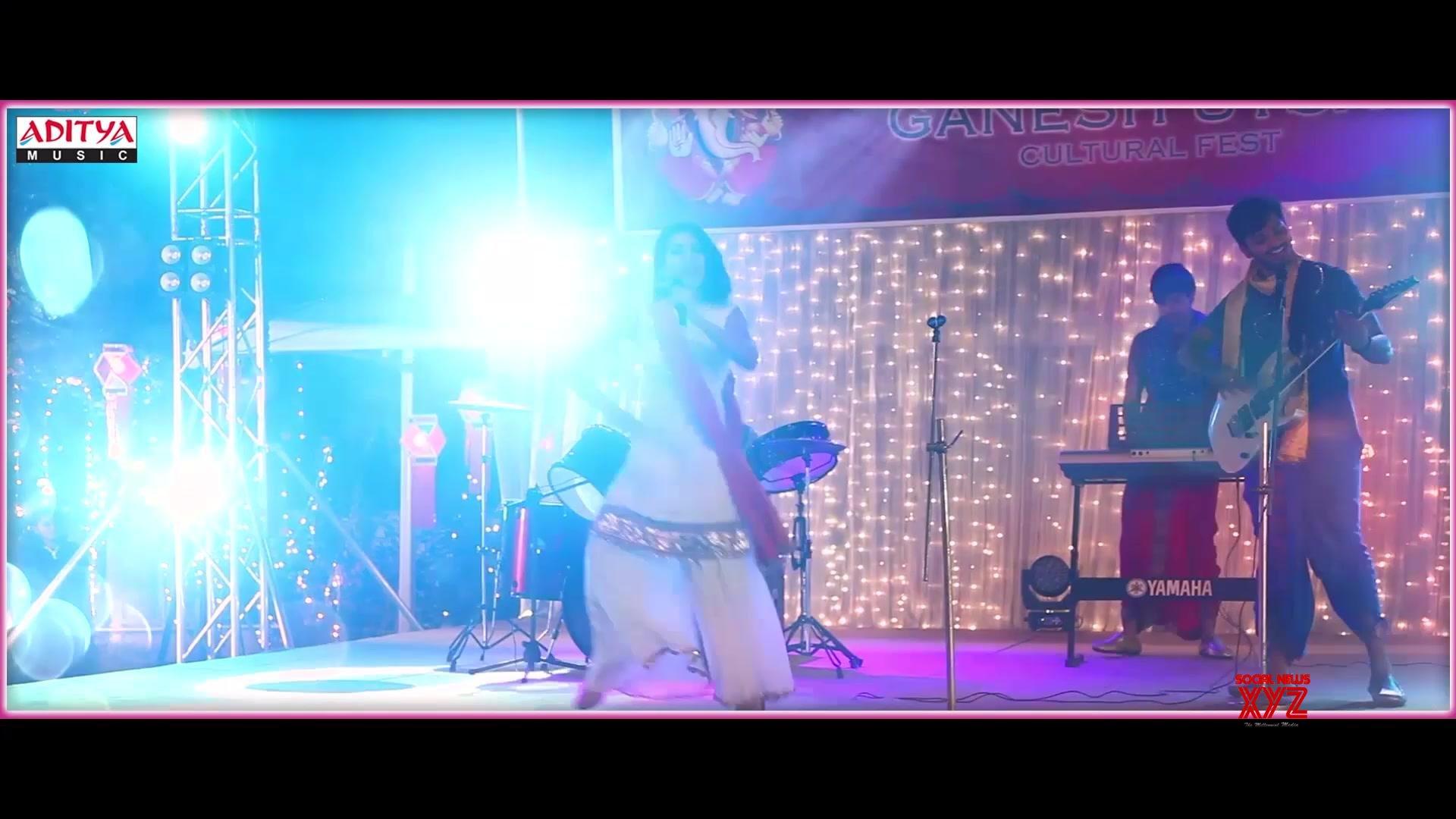Changubhala Lyrical Song Stills Oh Baby Movie