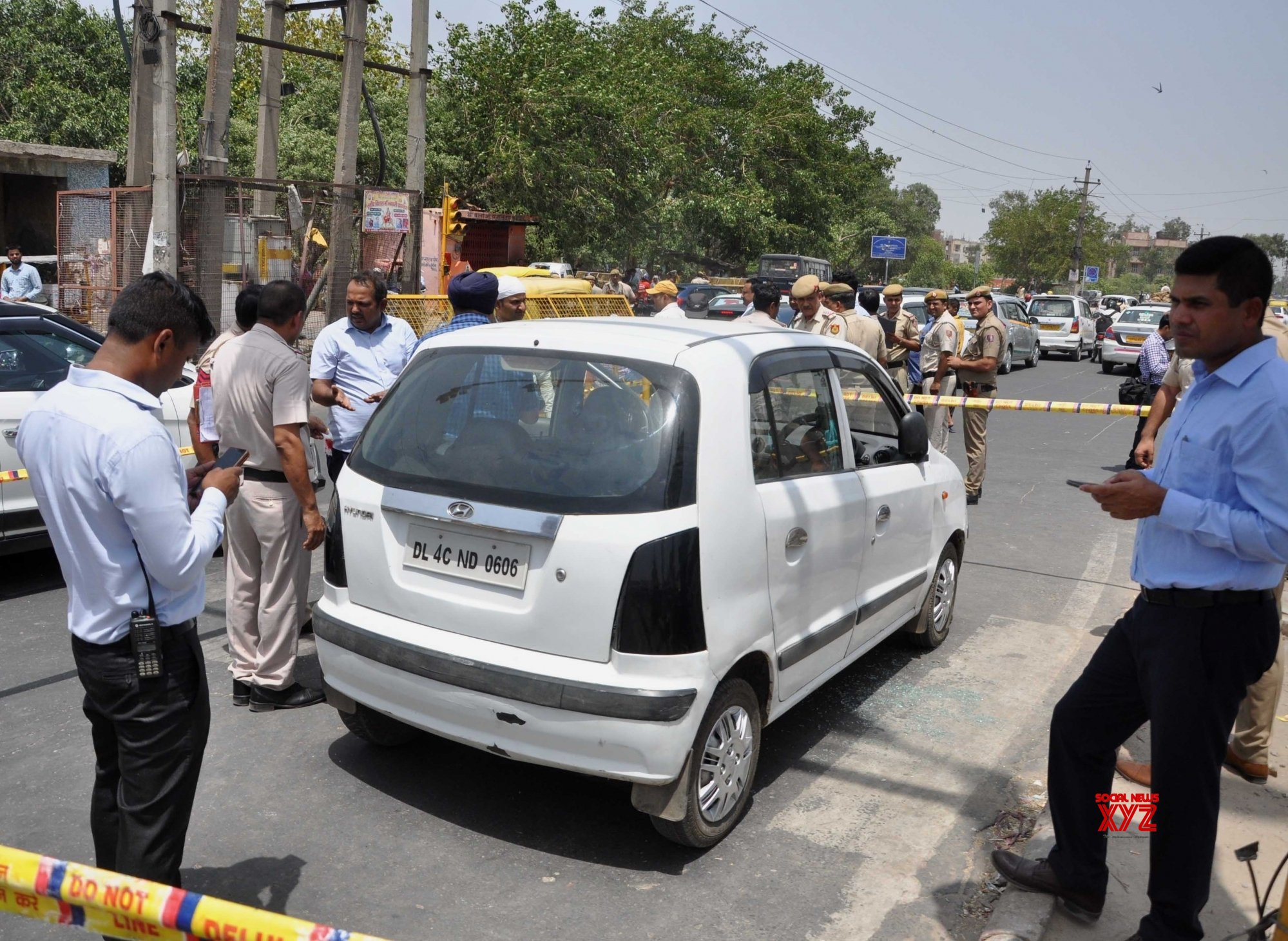 New Delhi: Criminal, associate shot dead in Delhi #Gallery