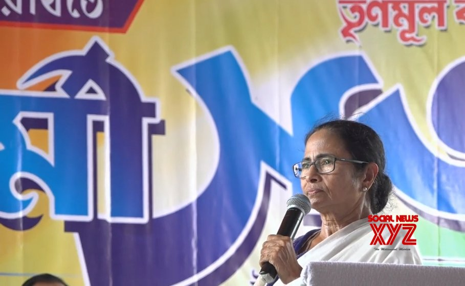 Learn to speak Bengali to stay in Bengal: Mamata