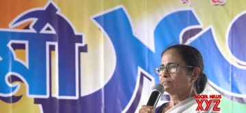 Kanchrapara: West Bengal Chief Minister Mamata Banerjee during a Trinamool Congress workers' meeting at Kanchrapara, West Bengal on June 14, 2019. (Photo: Facebook/@MamataBanerjeeOfficial)