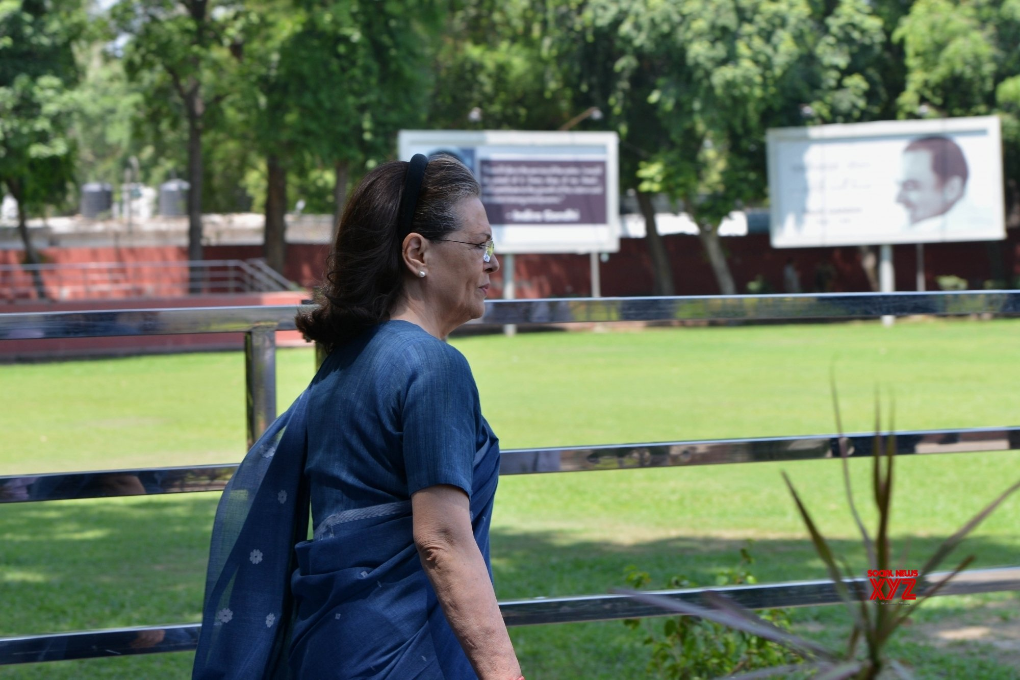 Congress old guard wants Sonia back amidst chorus for young President