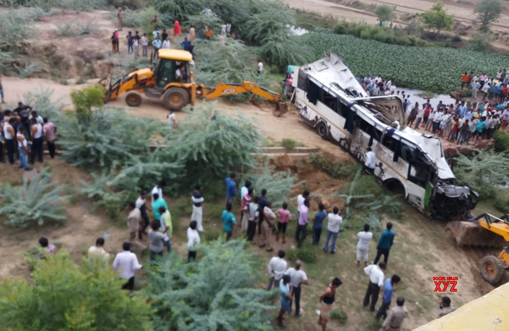 Image result for yamuna expressway accident today