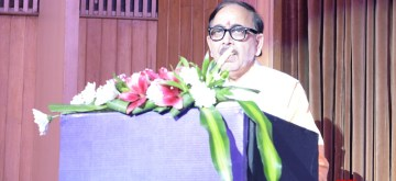 New Delhi: Union Skill Development and Entrepreneurship Minister Mahendra Nath Pandey addresses at the 18th Convocation of a Beauty and Nutrition Institute, in New Delhi on July 9, 2019. (Photo: IANS)